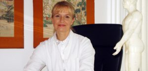 Angela Schnyder